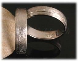 IM319 класически брачни халки от бяло злато 1